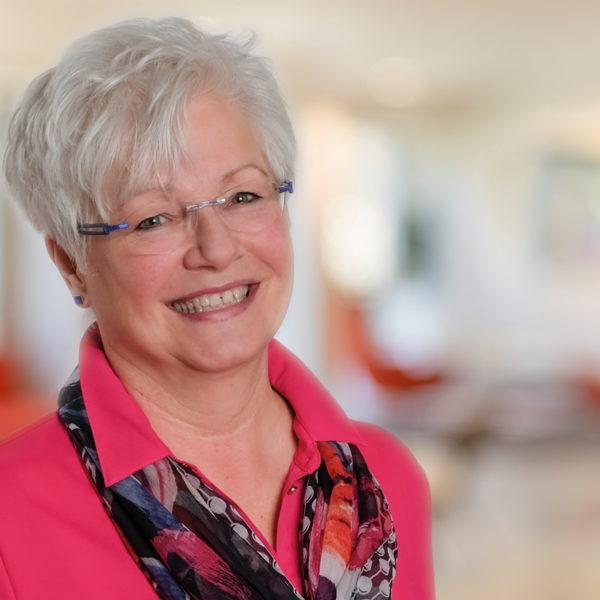 Angela Pollheim, Kandidatin für Kriegsdorf