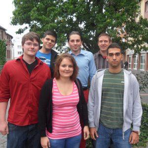 Der neue Vorstand der Kooperation: Ömer Kirli, Matthias Großgarten und Daniel Engel (hinten, v.l.) sowie Ron Isbaner, Alexandra Lehmann und Aziz Eren Cöcelli (vorne, v.l.).